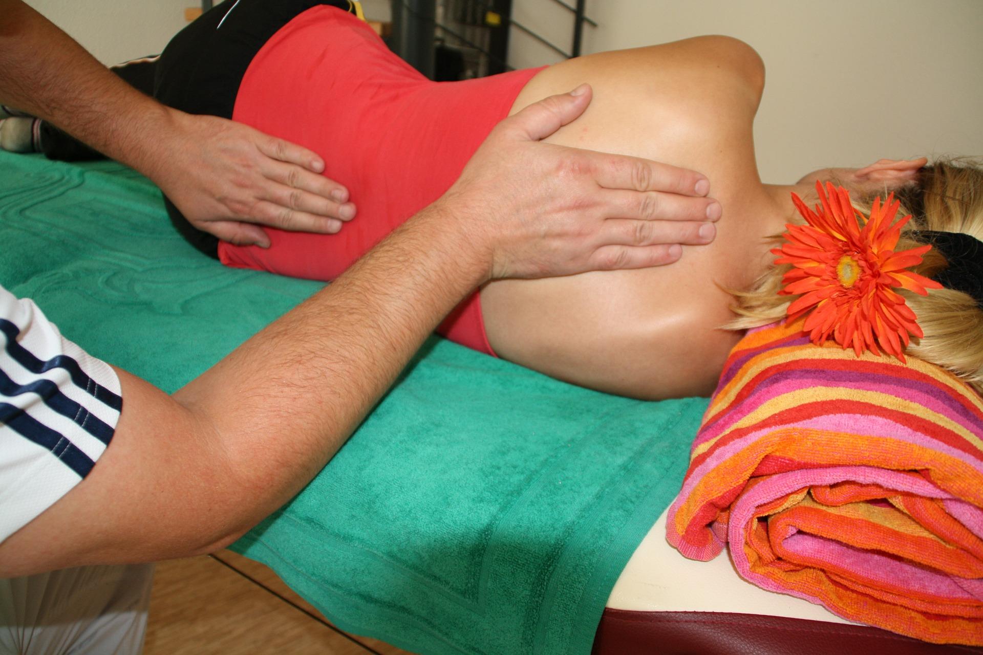 massage-486702_1920